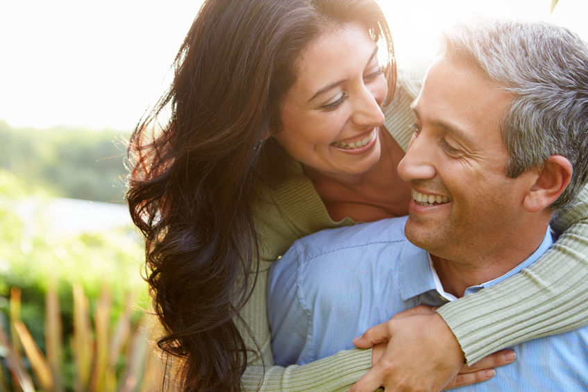 Die richtige Kommunikation kann zu einer glücklichen Beziehung führen.